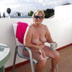 Ginette femme libertine grassouillette qui aime partouzer