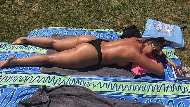https://cron:cron@tazzox.com/space1/wp content/uploads/2020/09/virginie belle cougar sud frannce cherche jeunes amants.jpg